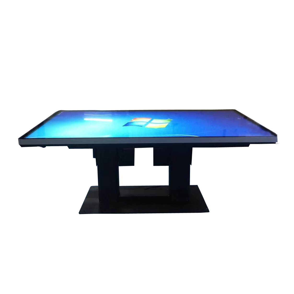 Multitouch hd interactive gaming table Featured Image